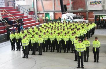 85 nuevos policías