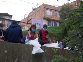 Comunidad de los Pinos recuperando sus canales de agua